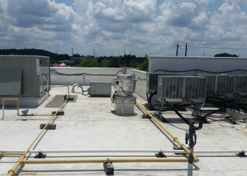 Commercial roof maintenance service in Atlanta